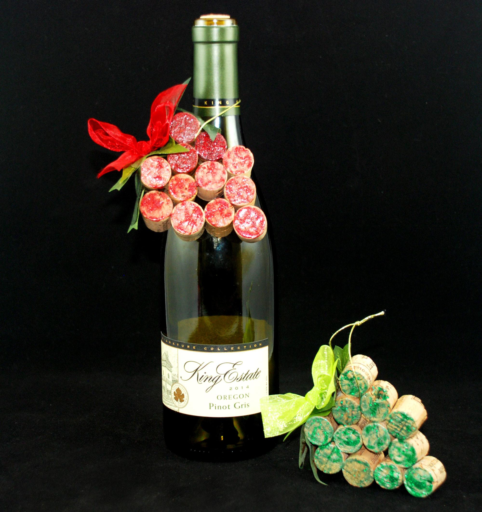 100 Christmas Crafts Wine Corks Recycled