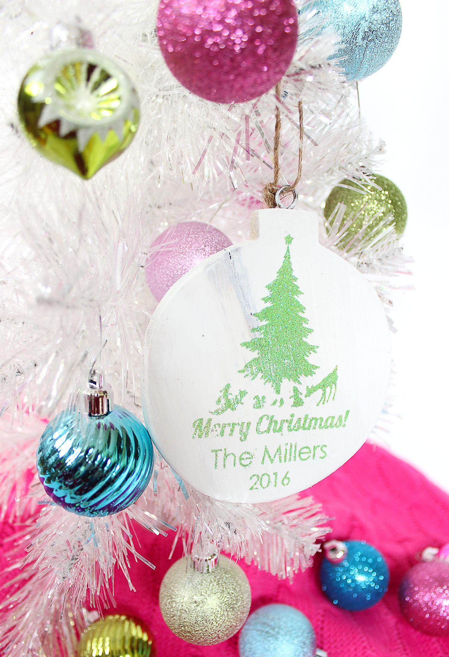 100 Custom Wood Christmas Ornaments Personalised