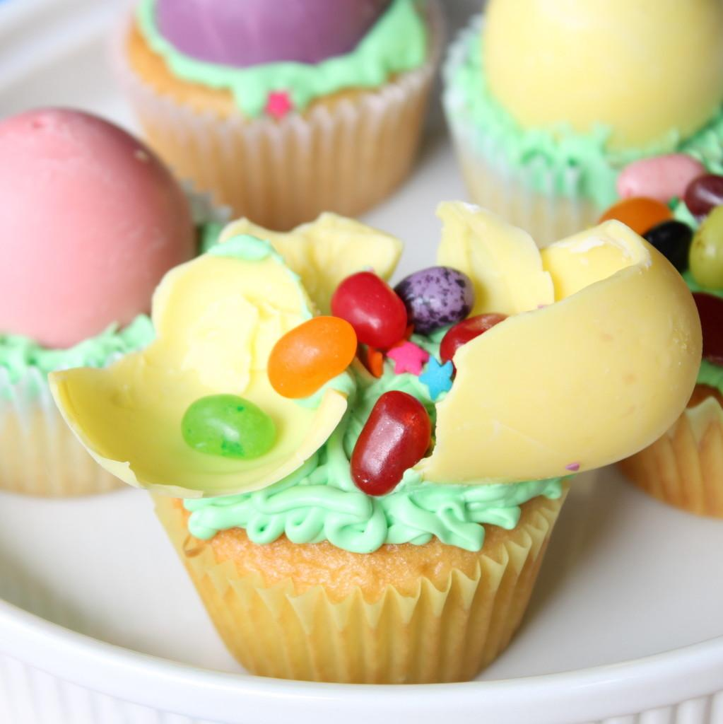 1000 Easter Tables Designs Eggs Cakes