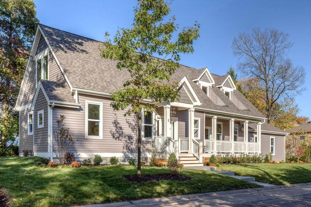 1896 Olivette Home Offers Historic Charm Modern