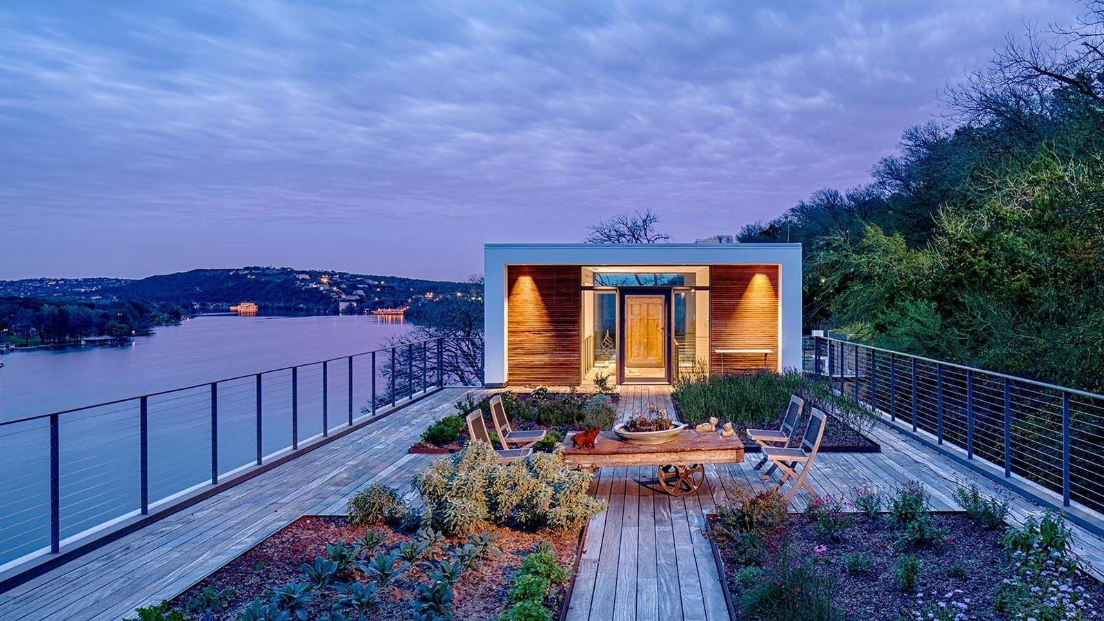 1970s Classic House Spectacular Modern Cliff