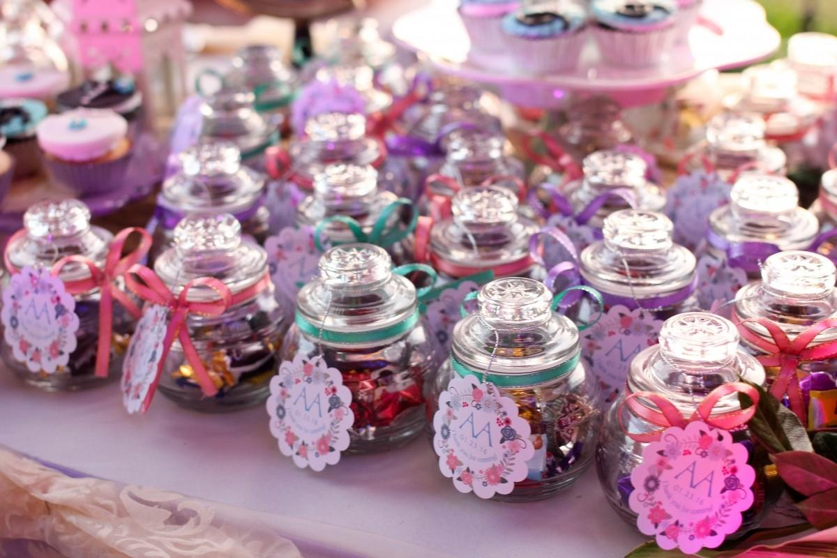 2017 Wedding Favor Giveaway Ideas Cesca Kitchen Catering