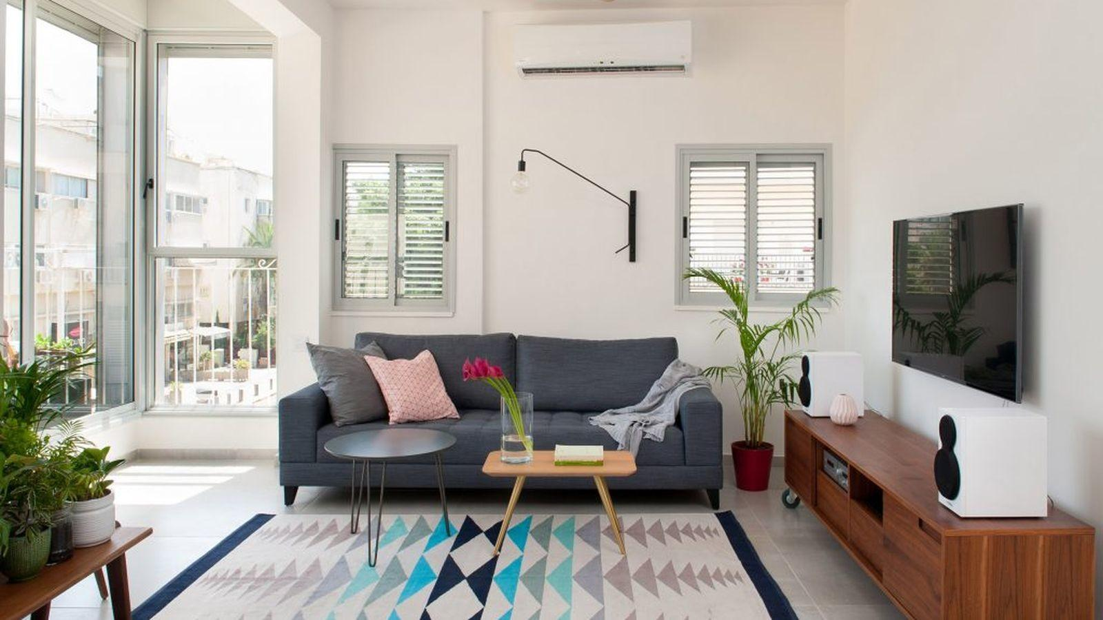 40s Flat Revamped Into Bright 700 Square Foot Family