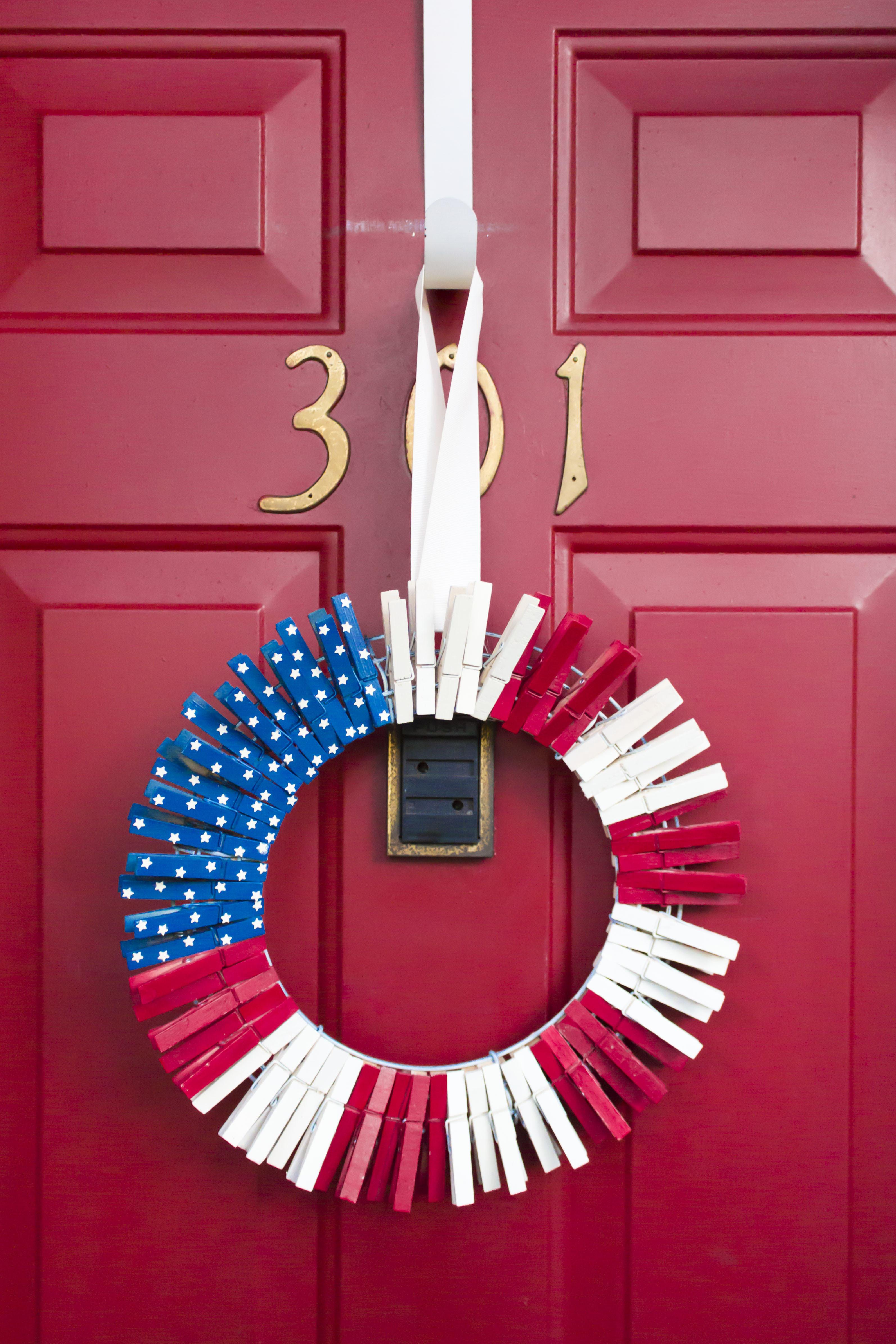4th July Clothespin Wreath Missbutterbean