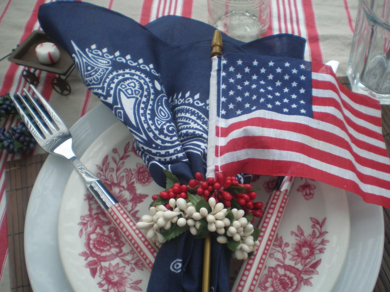 4th July Table Decor Ideas Rusty Accessories