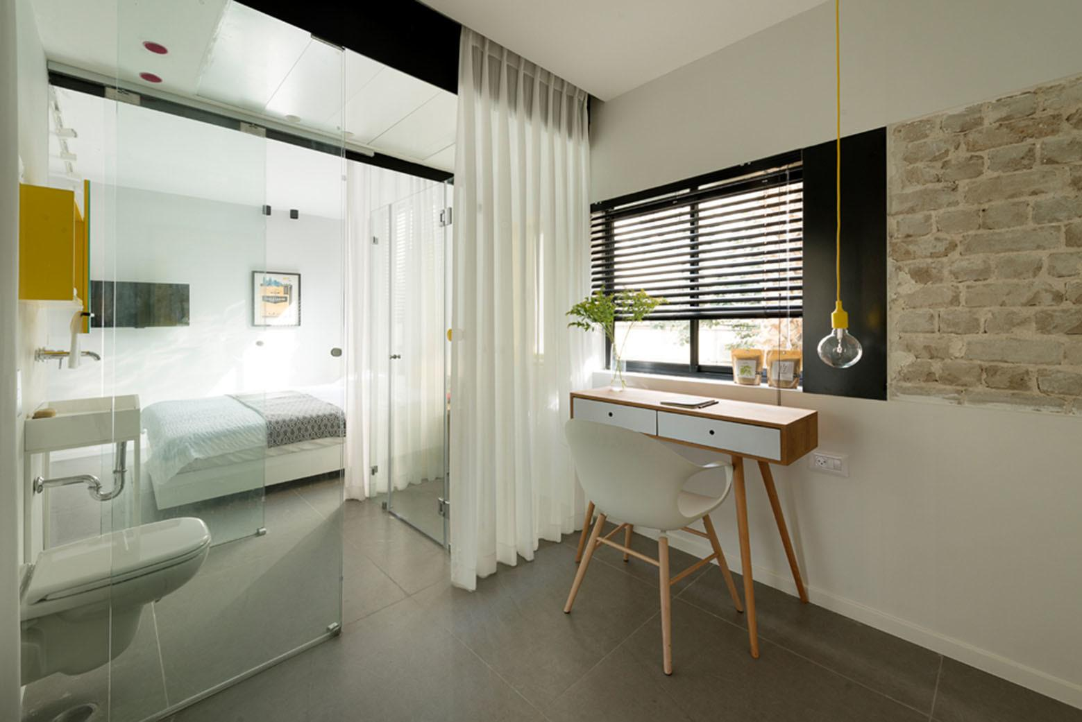 600 Square Foot Apartment Uses Glass Walls Create Two