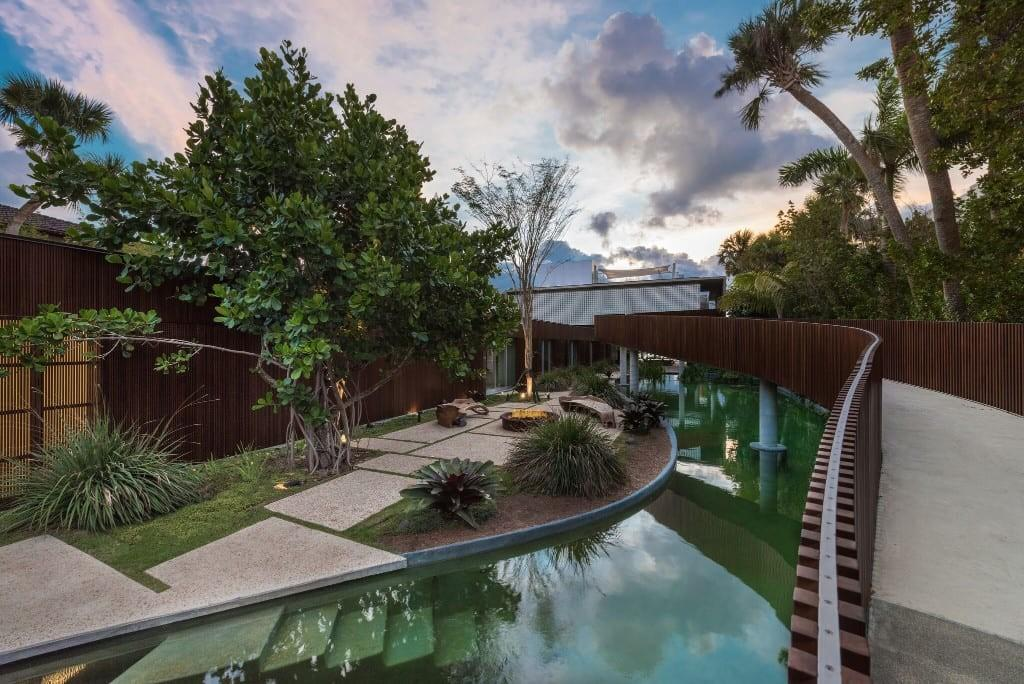 75m Indian Creek Home Features Man Made Lagoon