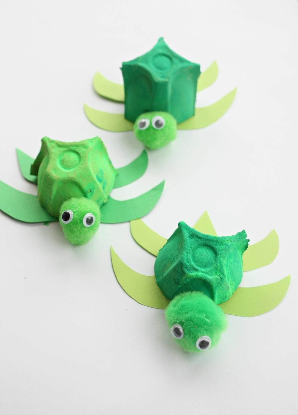 Absolutely Cutest Egg Carton Turtles