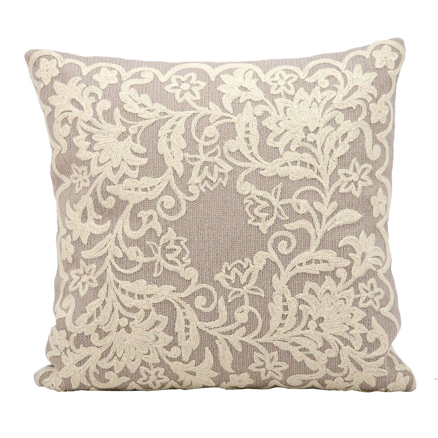 Accent Pillows Embroidered Outdoor