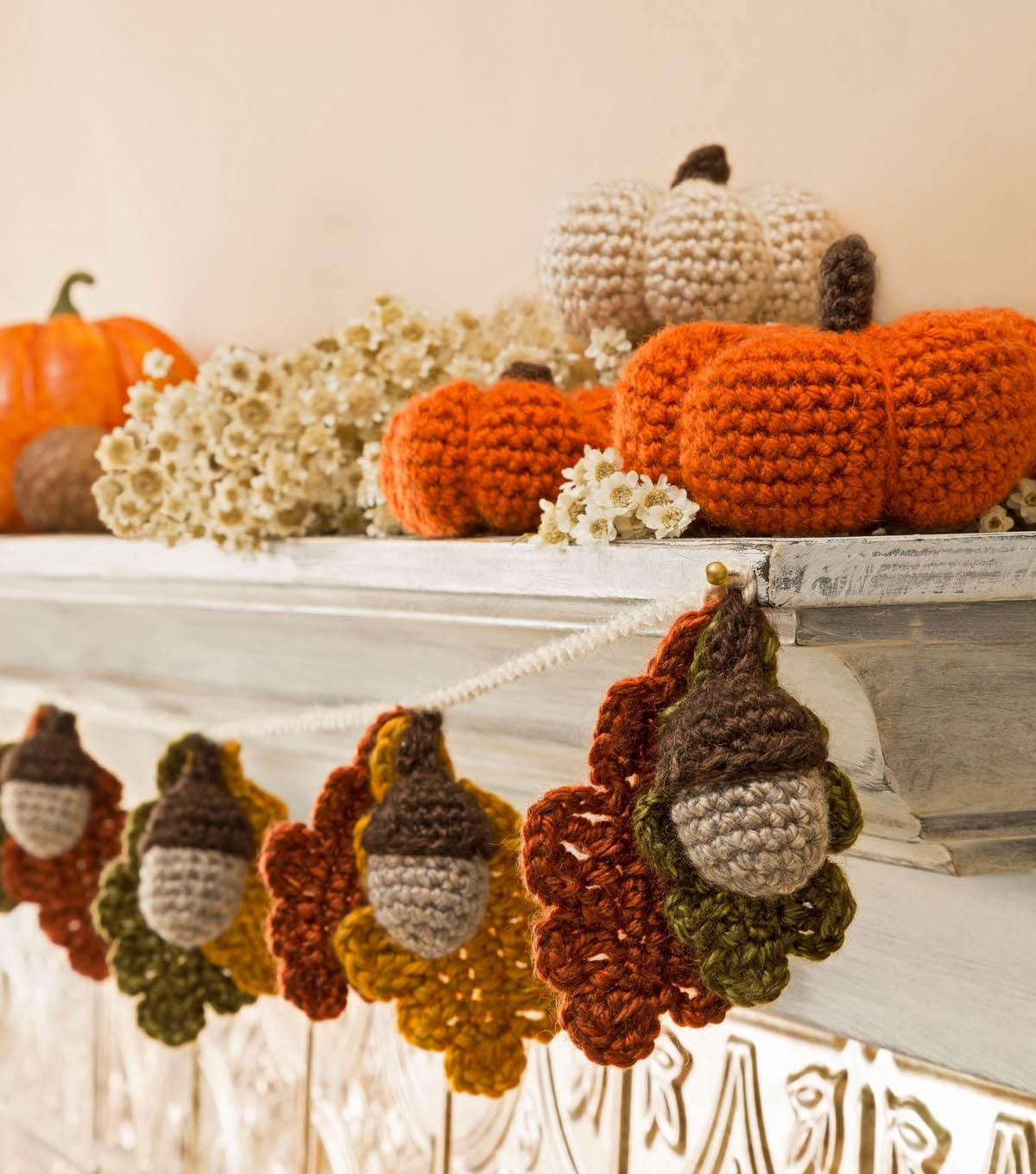 35 Different Types Of Diy Little Crochet Pumpkin Garland That Will Give You Creative Ideas Photo Gallery Decoratorist