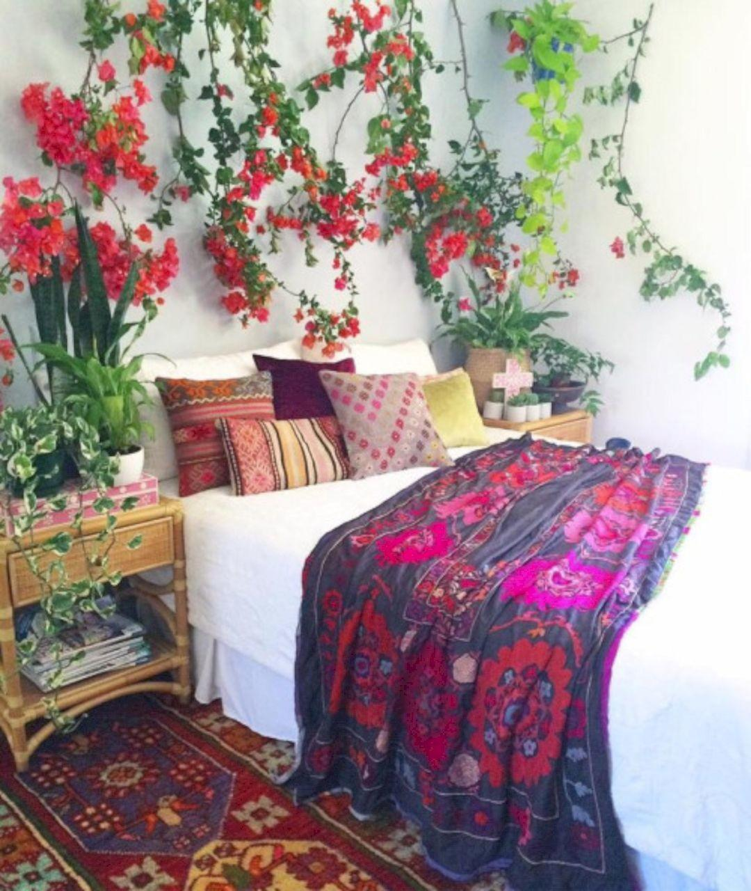 Adorable Bohemian Style Bedroom Decor Inspiration