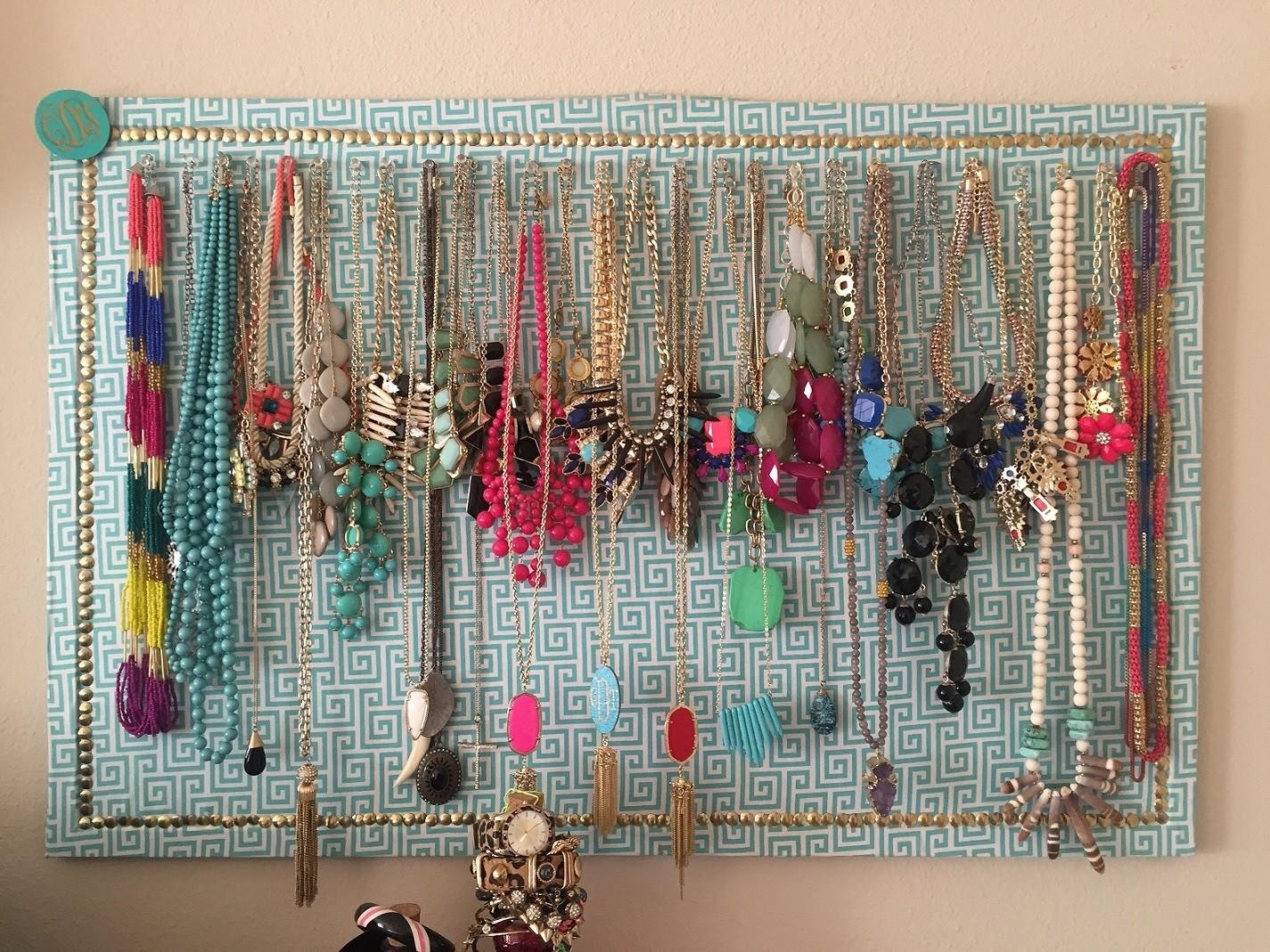 Adorable Designs Ideas Diy Jewelry Holder