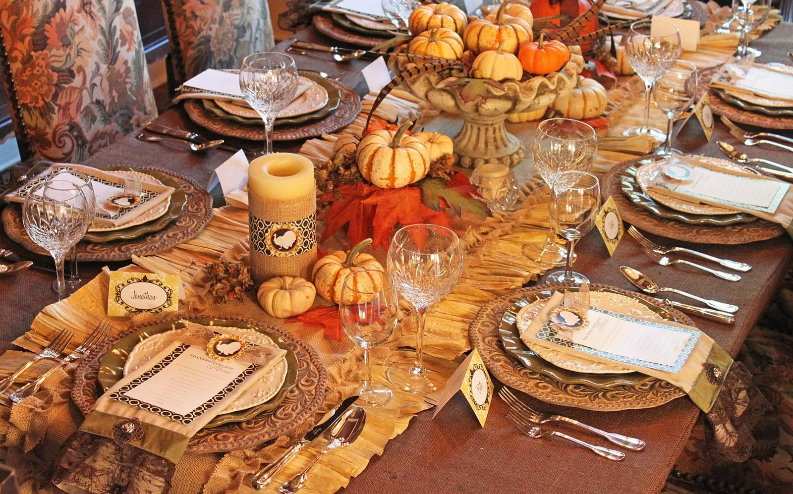 Amanda Parties Thanksgiving Dinner Tablescape