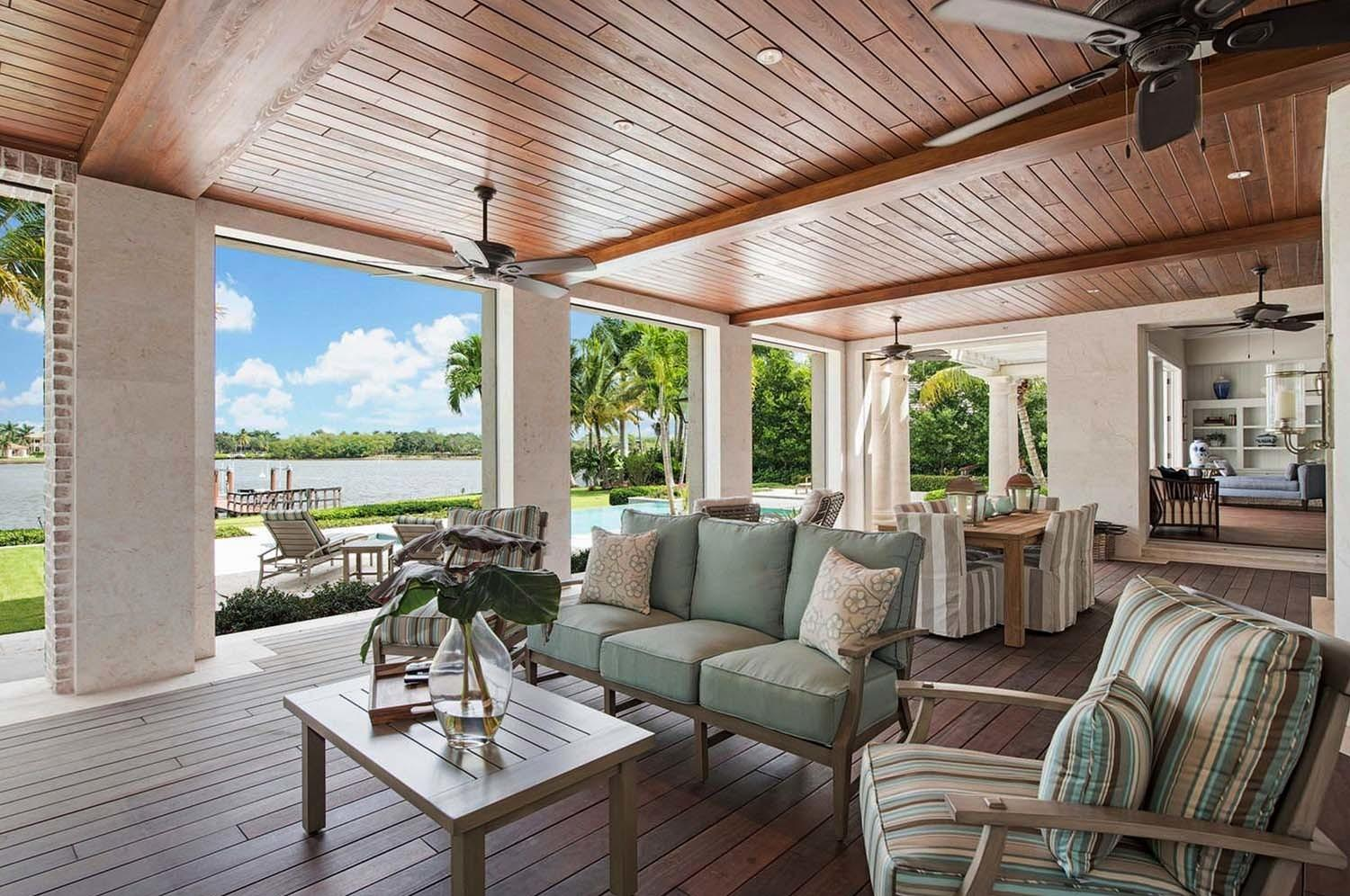 Amazing Beach Style Deck Ideas Promoting Relaxation