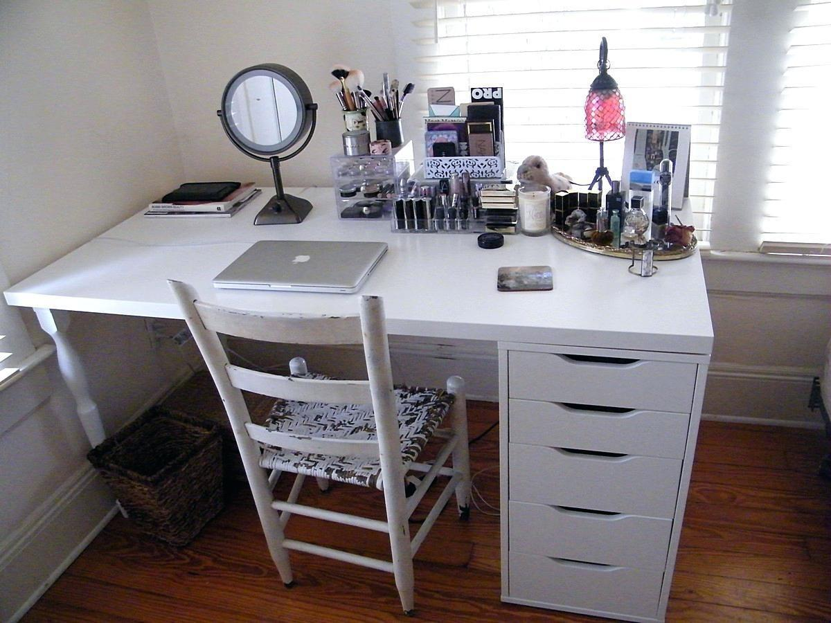 Amazing Desk Makeup Photos Moksedesign Along