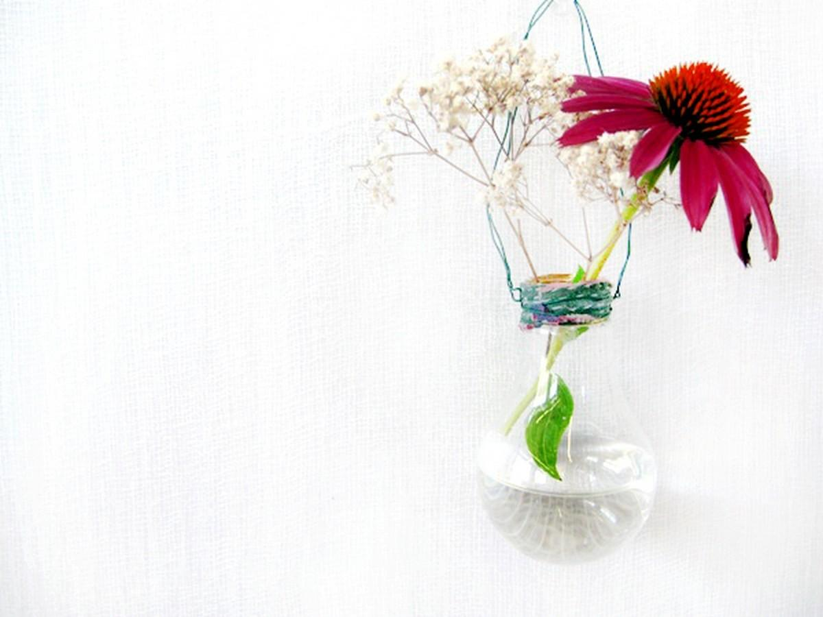 Amazing Diy Light Bulbs Vases Flower Planters