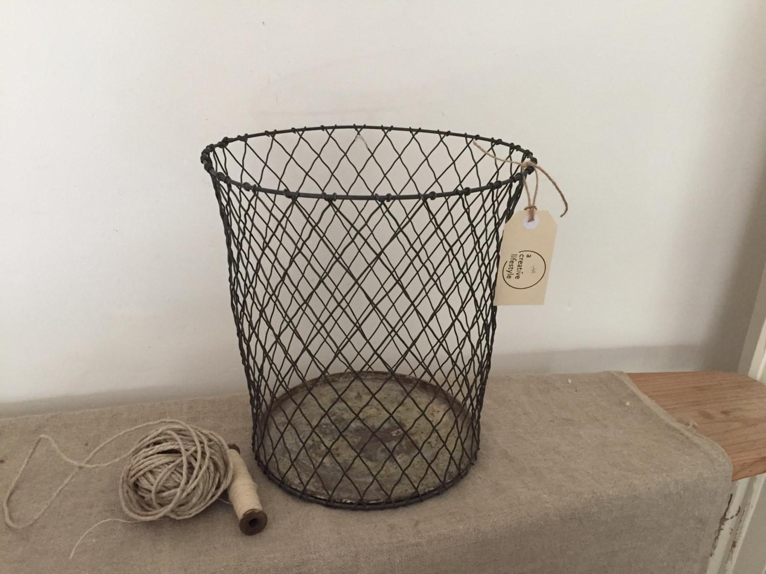 Amazing Rare Vintage Crinkly Wire Basket