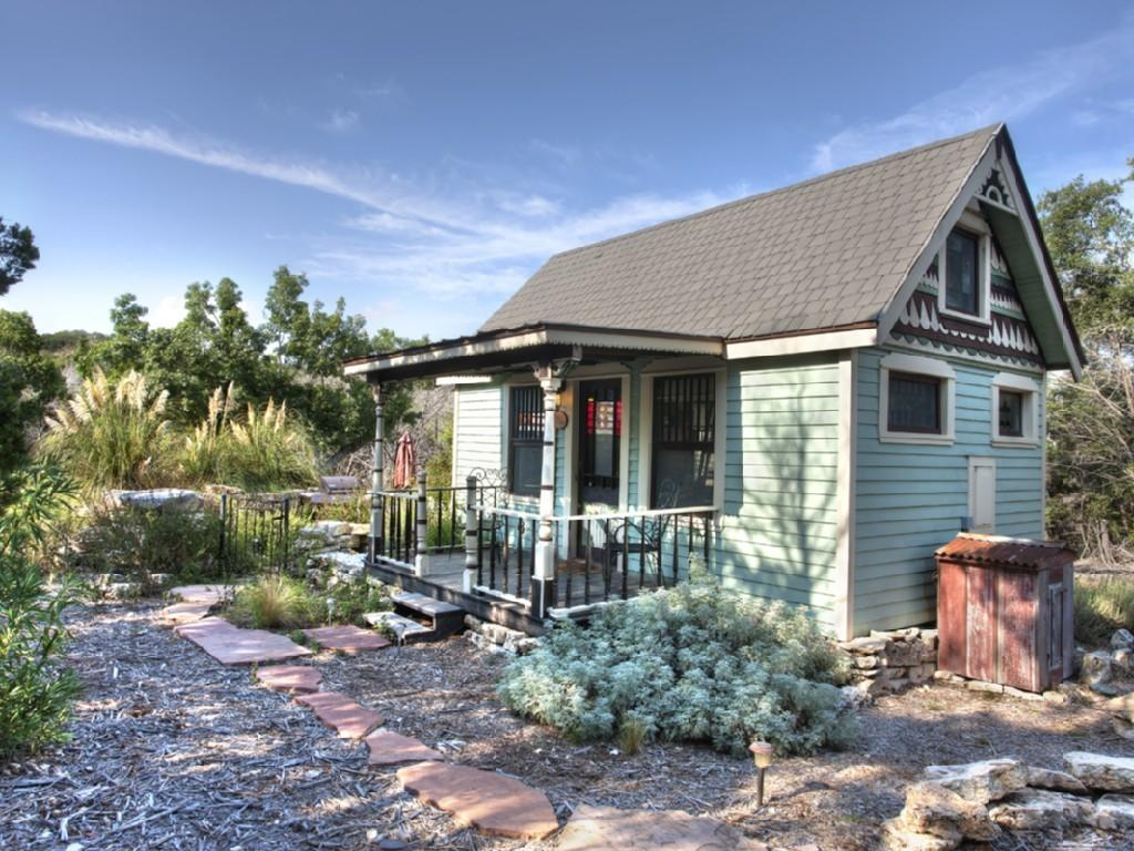Amazing Tiny Vacation Rentals Homeaway Travel Ideas