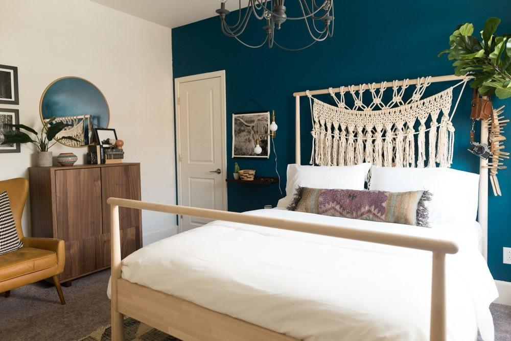 Amy Guest Room Overhaul Sherwin Williams 2018 Color