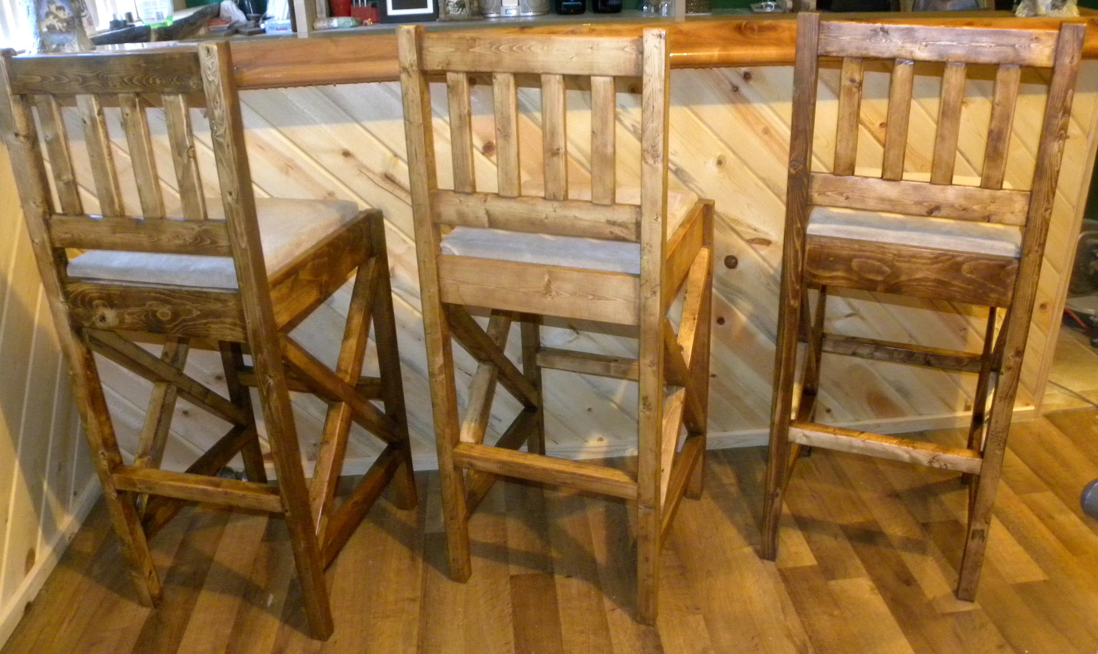 Ana White Rustic Bar Stools Diy Projects