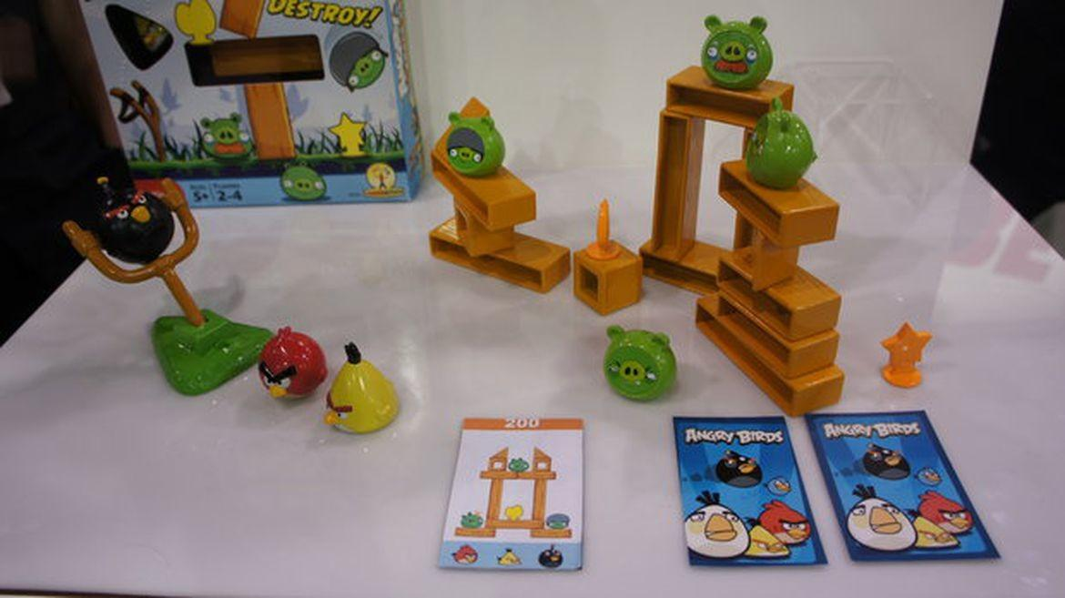 Angry Birds Knock Wood Hands