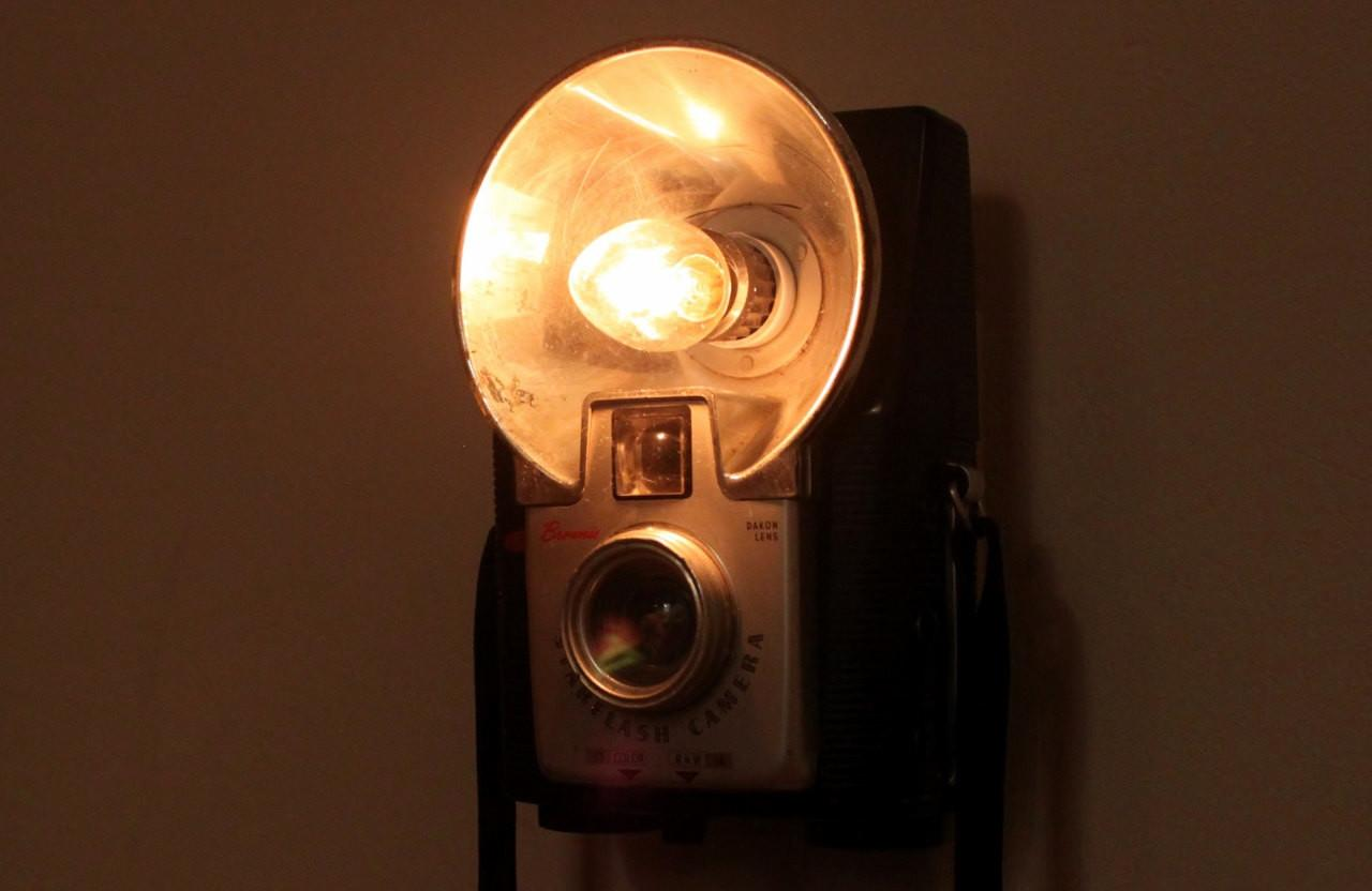 Antique Camera Nightlight Kodak Brownie Starflash