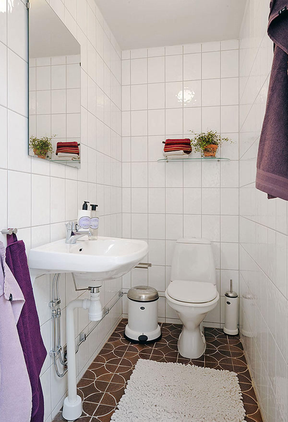 Apartment Decorating Themes Wainscoting Outdoor Bathroom
