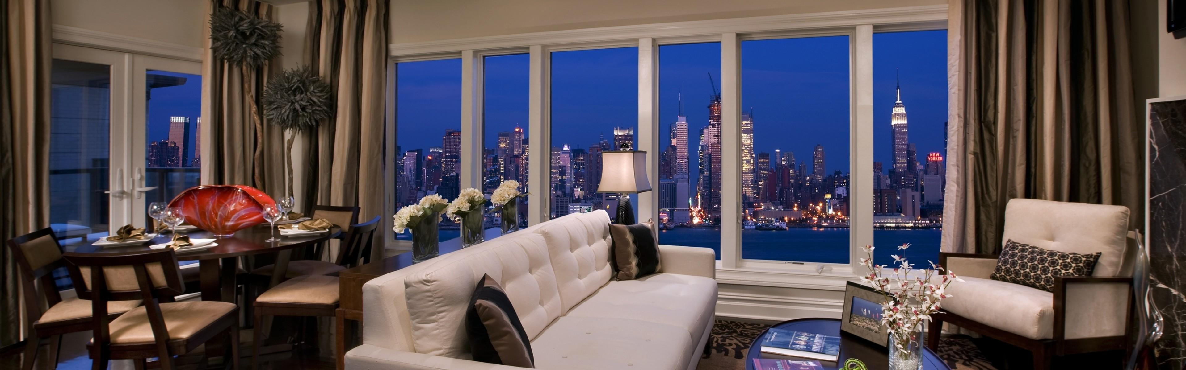 Apartment Luxury Condominium New York City White Open