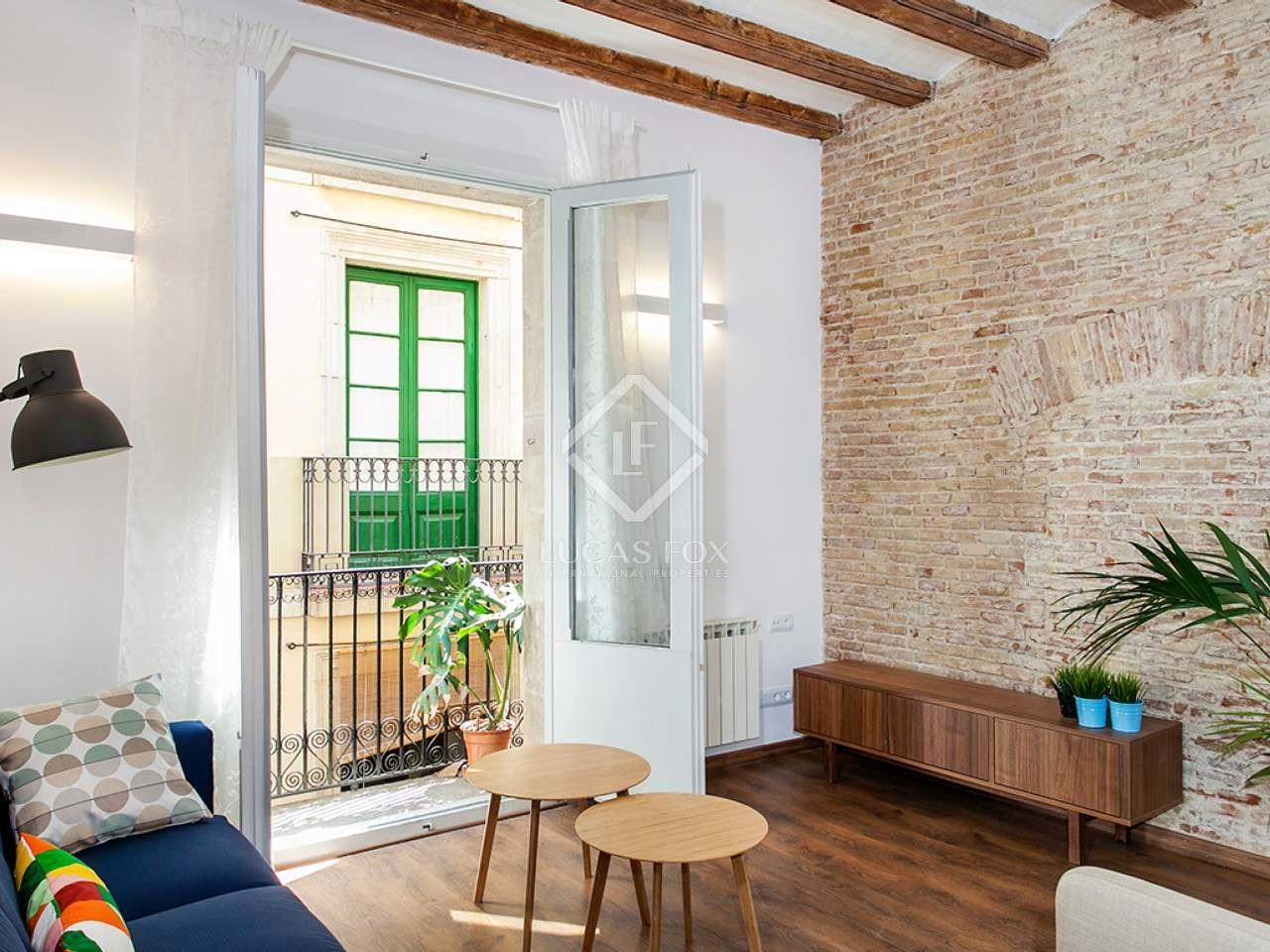 Apartment Undergoing Renovation Buy Barcelona