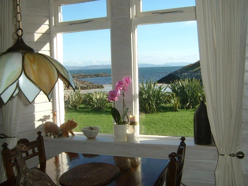 Arinthluic Isle Coll Argyll Bute Pa78 Bed