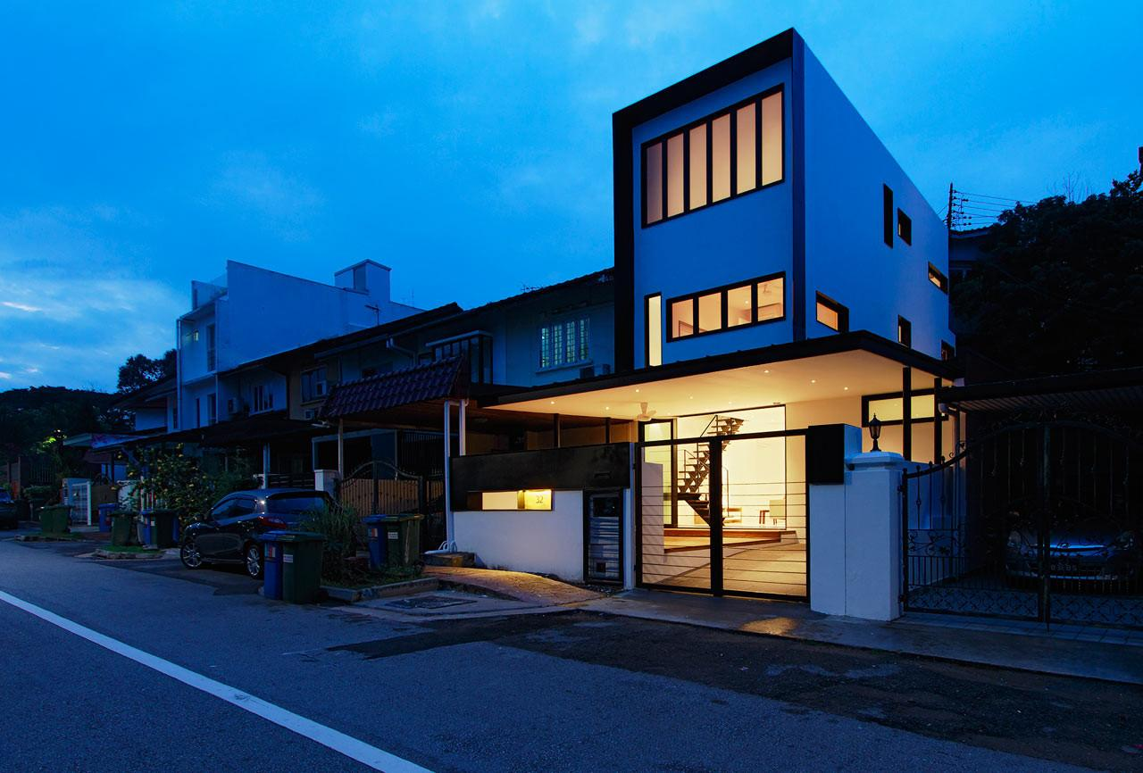 Atelier Transforms Year Old Terrace House Into