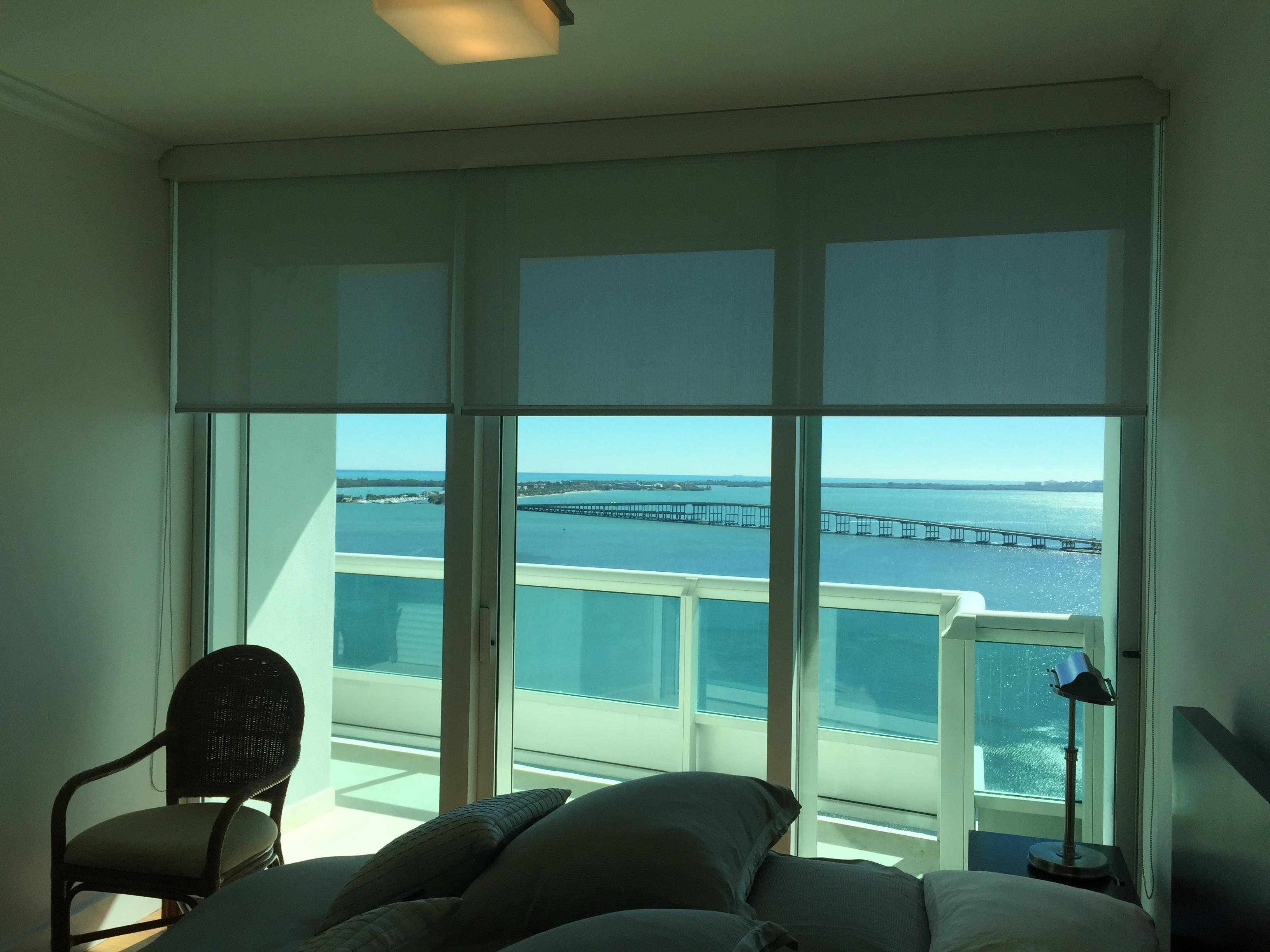 Automated Shades Blinds Drapes High End Smart Home