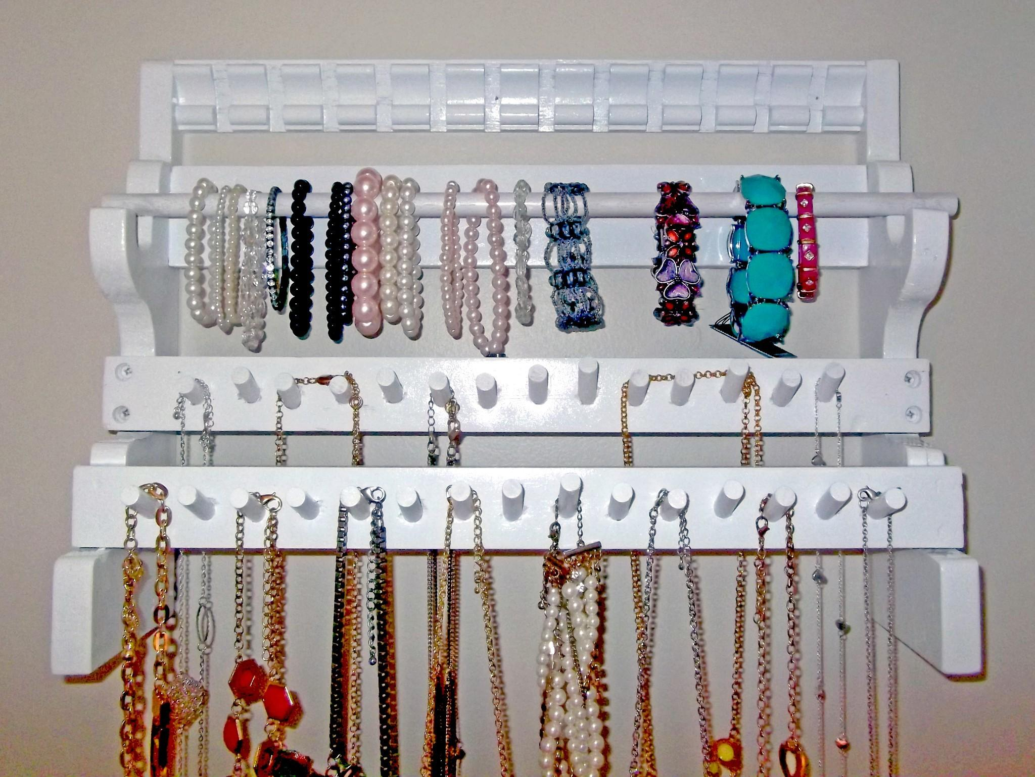 Awesome Design Clean White Jewelry Holder Diy
