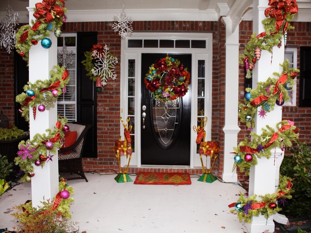Awesome Enrtry Way Front Porch Christmas Decorations