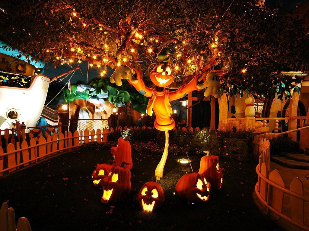 Awesome Ideas Creepy Cool Outdoor Halloween Decorations