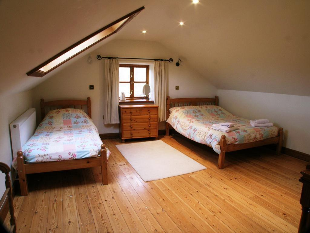 Awesome Small Attic Bedroom Ideas