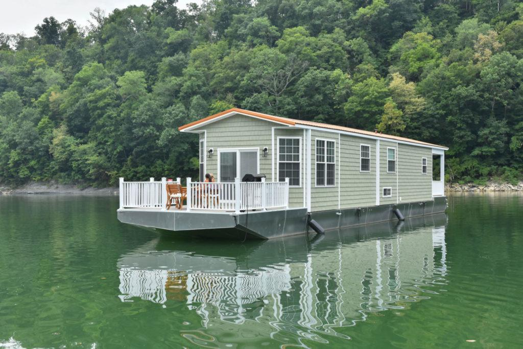 Awesome Tiny Houseboats Sale Harbor