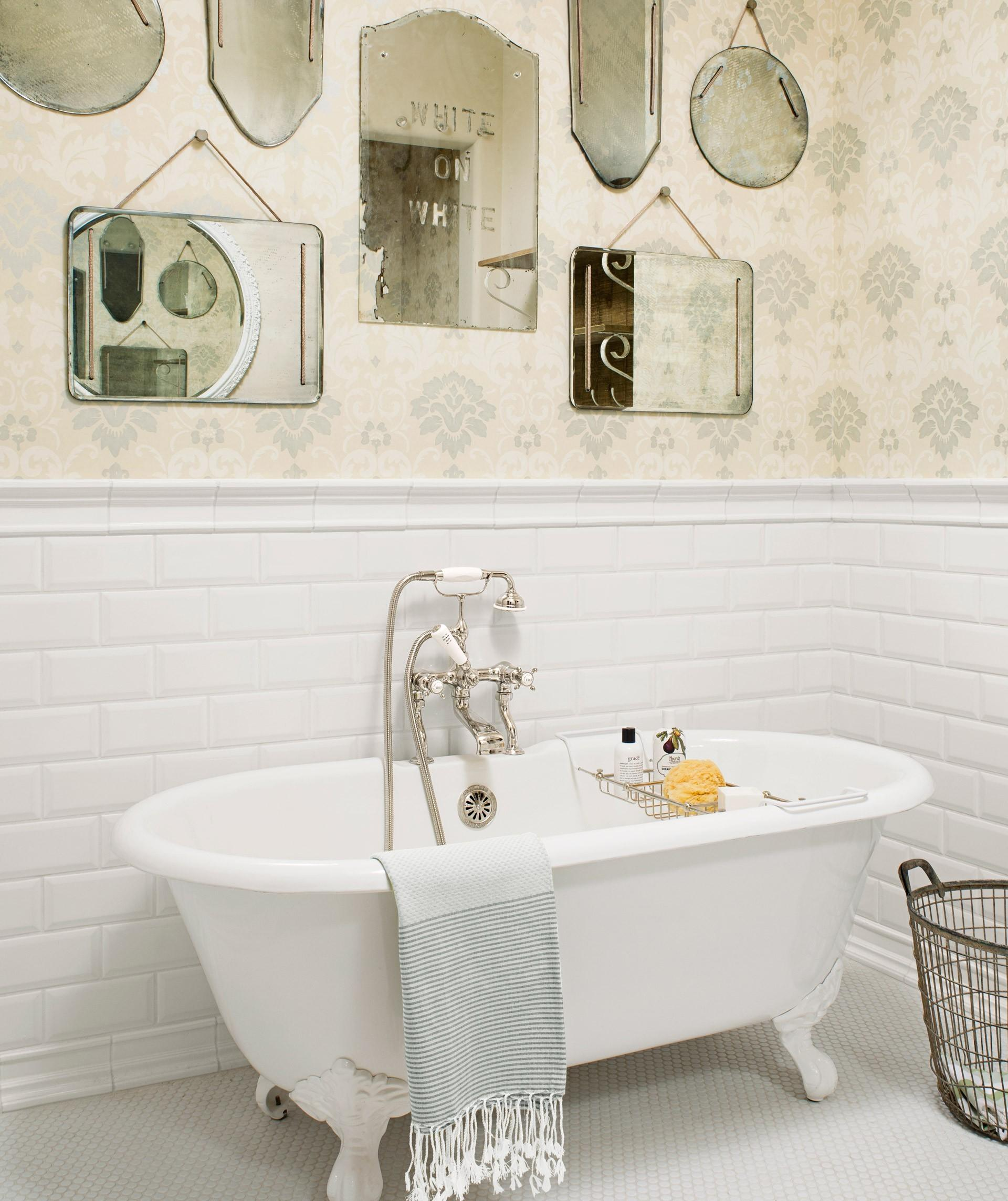 Awesome Vintage Bathroom Accessories Photograpy