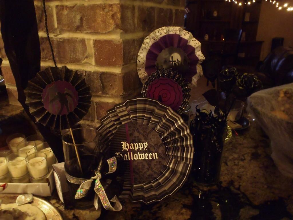 Awesome Zombie Halloween Decorations Inspiration