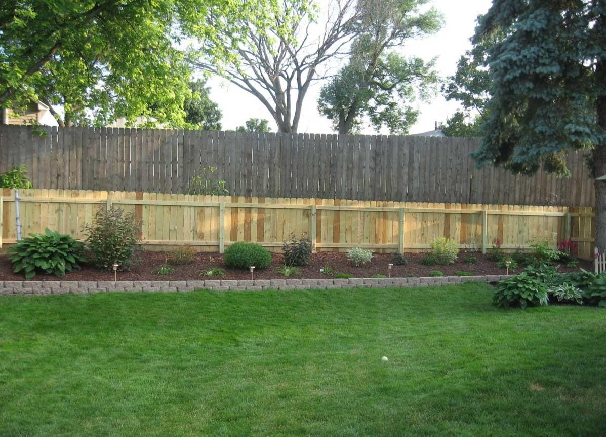 Backyard Fence Get Ideas Build Your Own