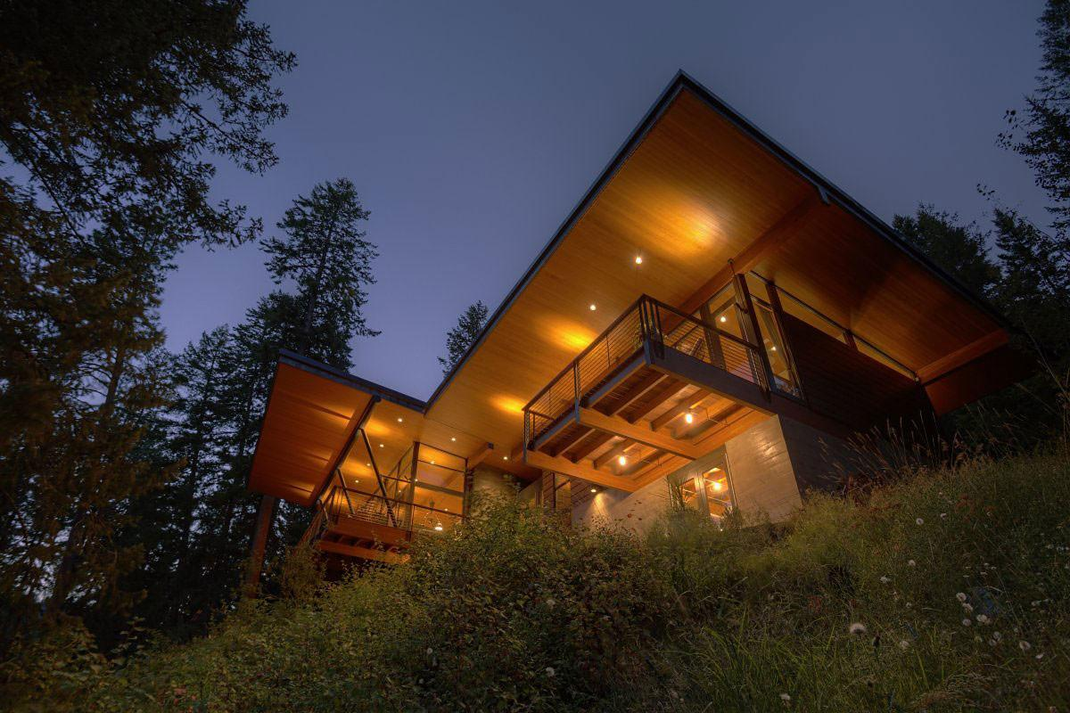 Balcony Lighting Modern Lakefront Cabin Idaho Usa