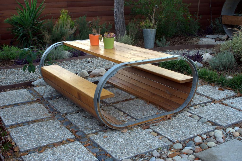 Baril Picnic Table Inspired Wine