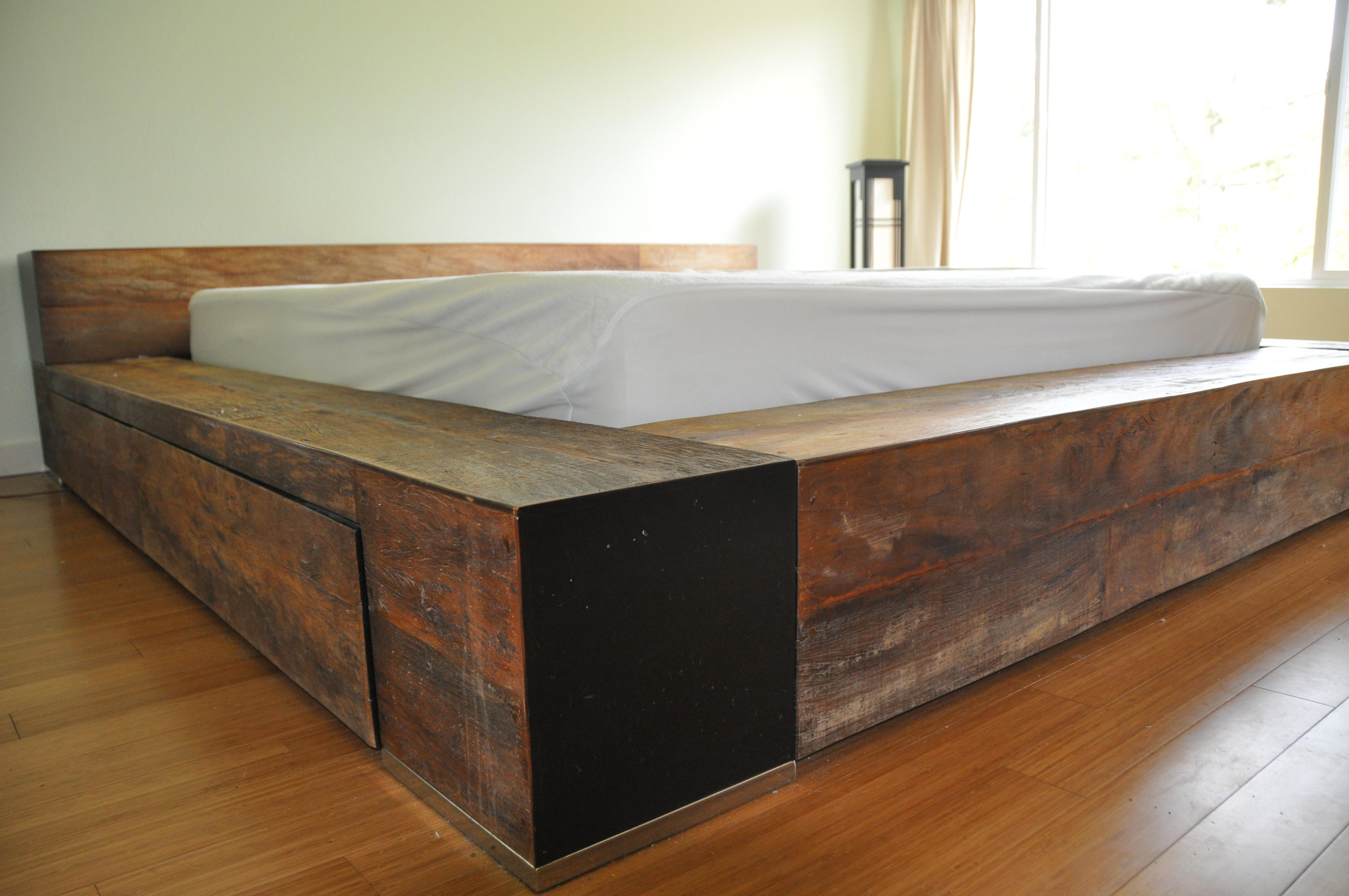 Barn Wood Bedroom Furniture Reclaimed Lacquer