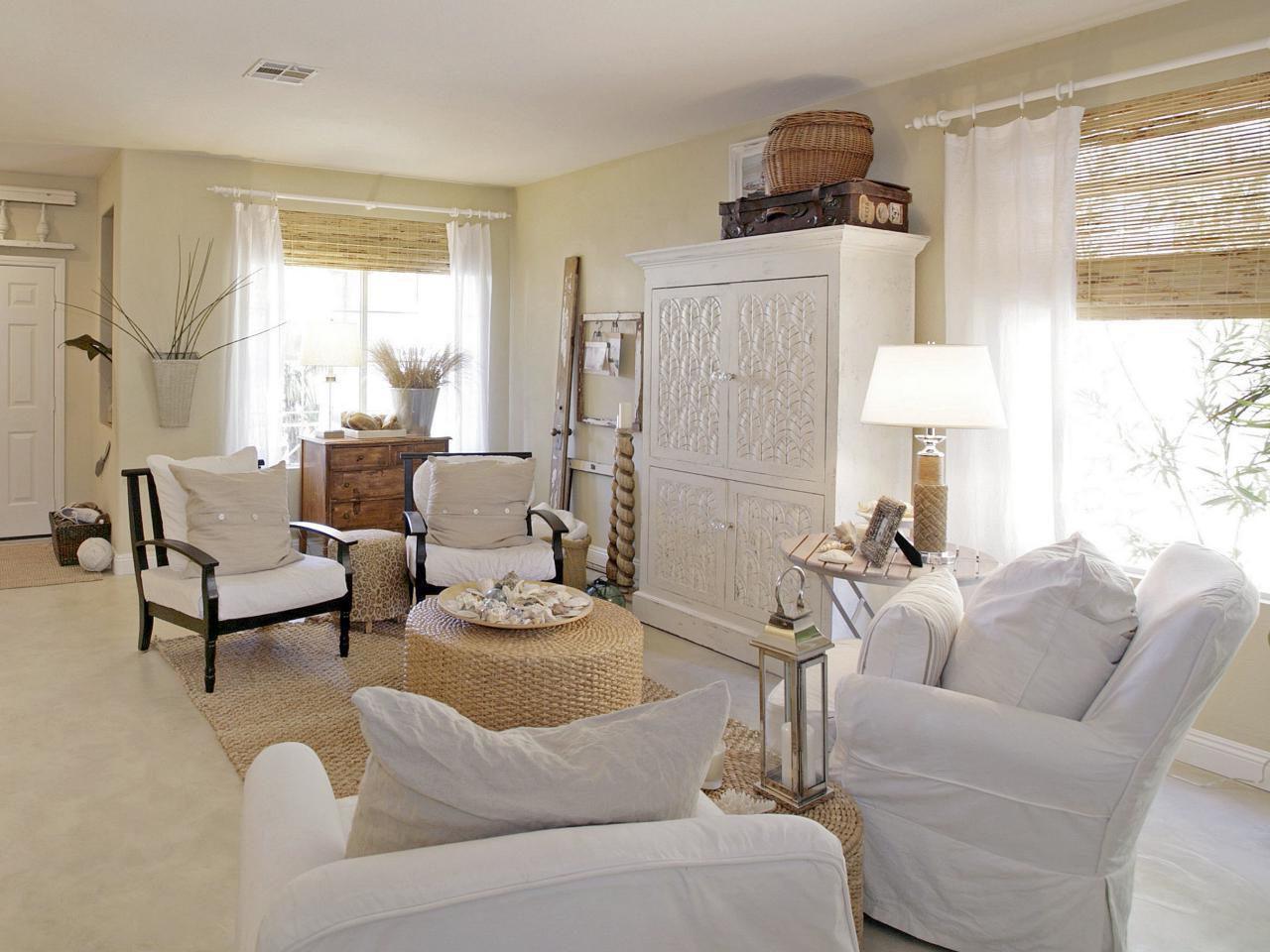Beach Cottage Style Living Rooms Round Glass Tabl Nice