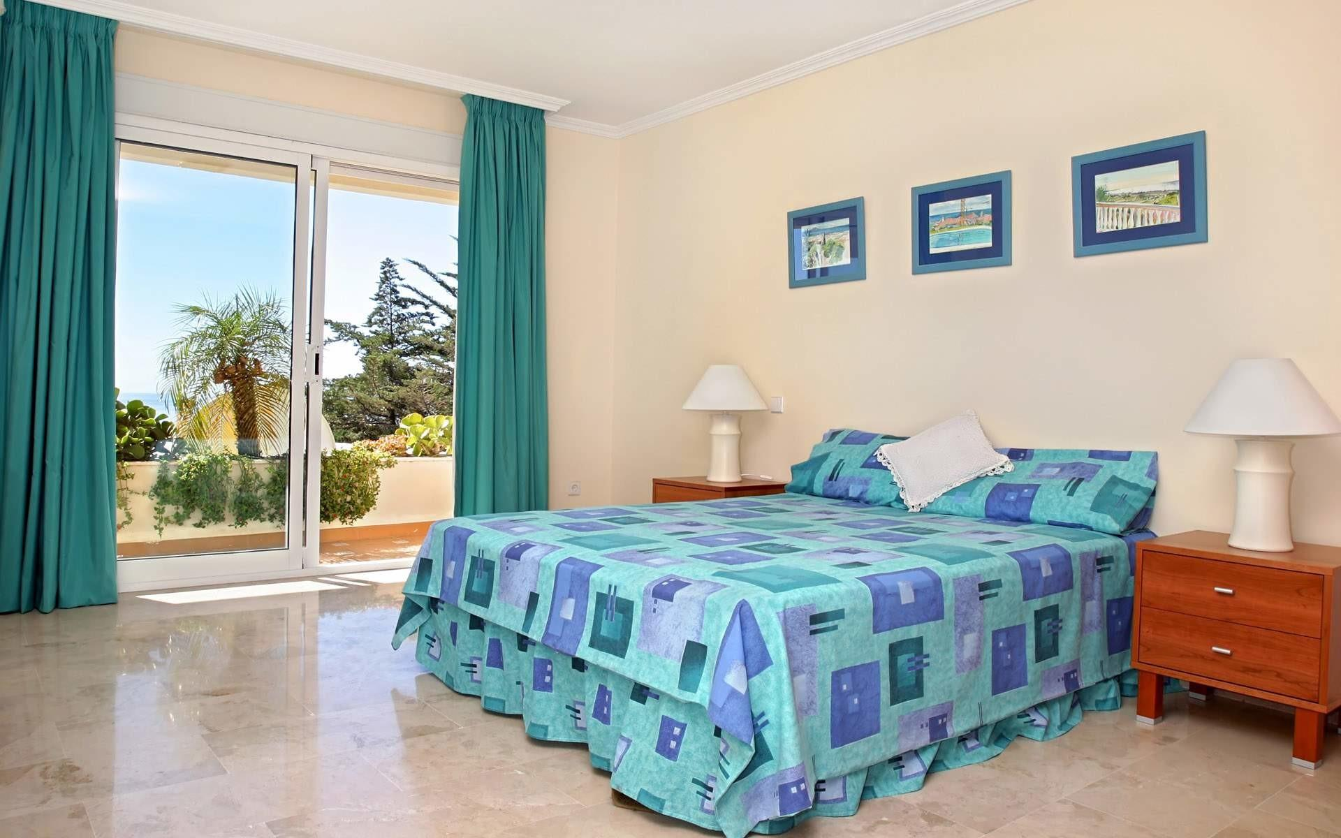 Beach Themed Bedding Nice Refreshing Colors Bedroom
