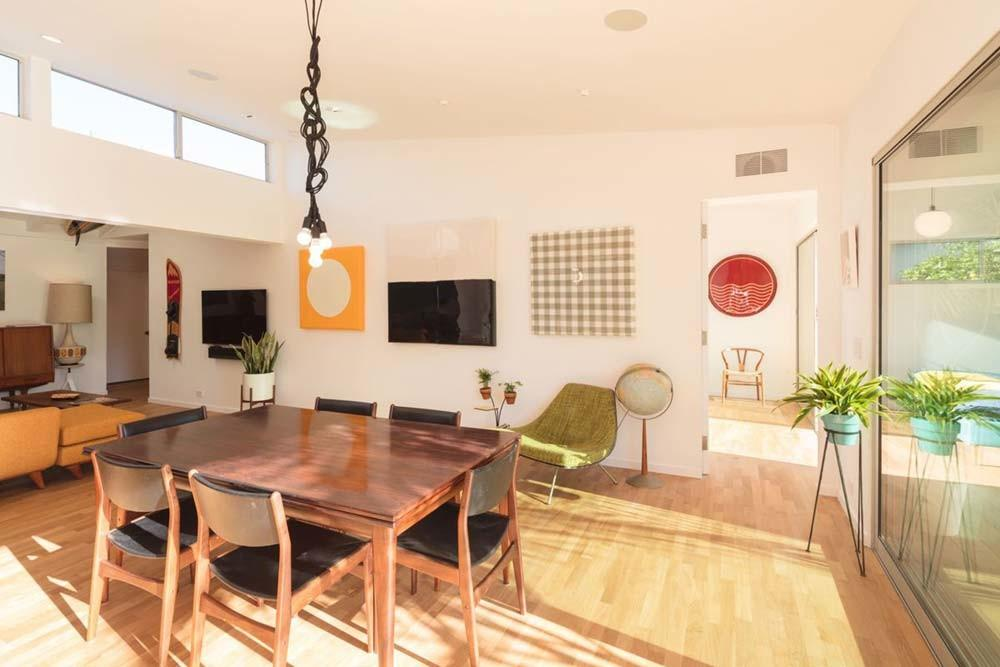 Beachy Makeover Old Mid Century Bungalow Southern