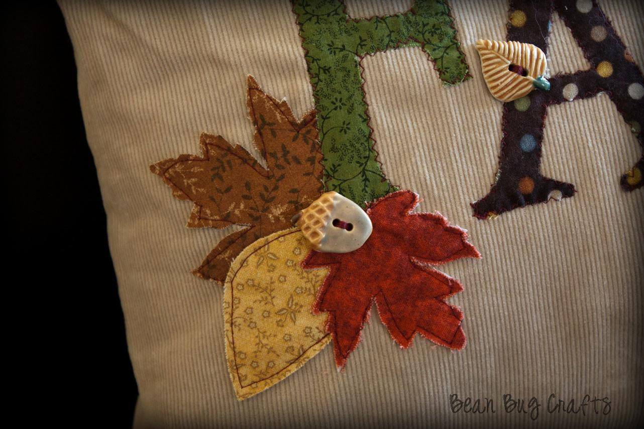 Beanbugcrafts Easy Fall Applique Envelope Pillow Cover