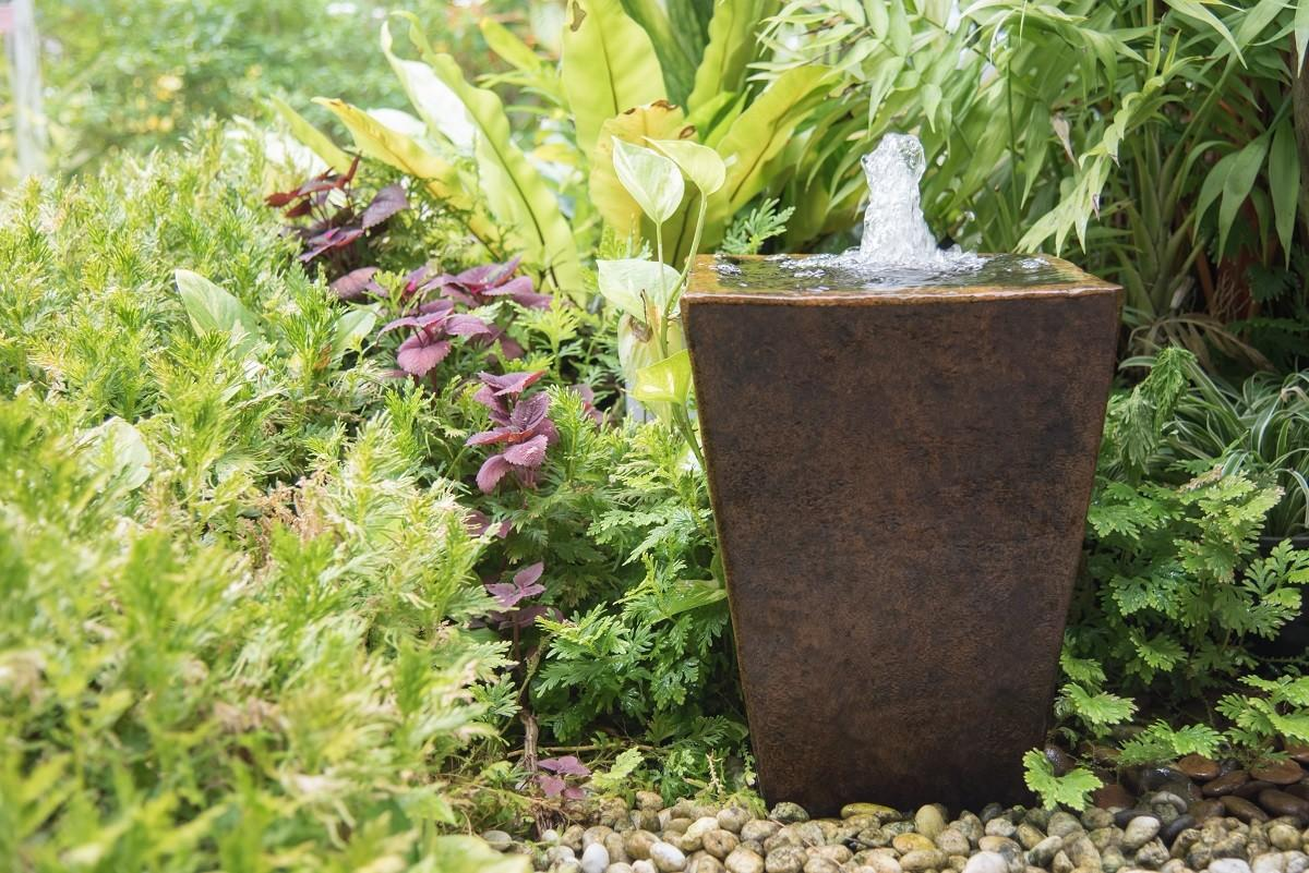 Beautiful Diy Fountain Projects Using Planters