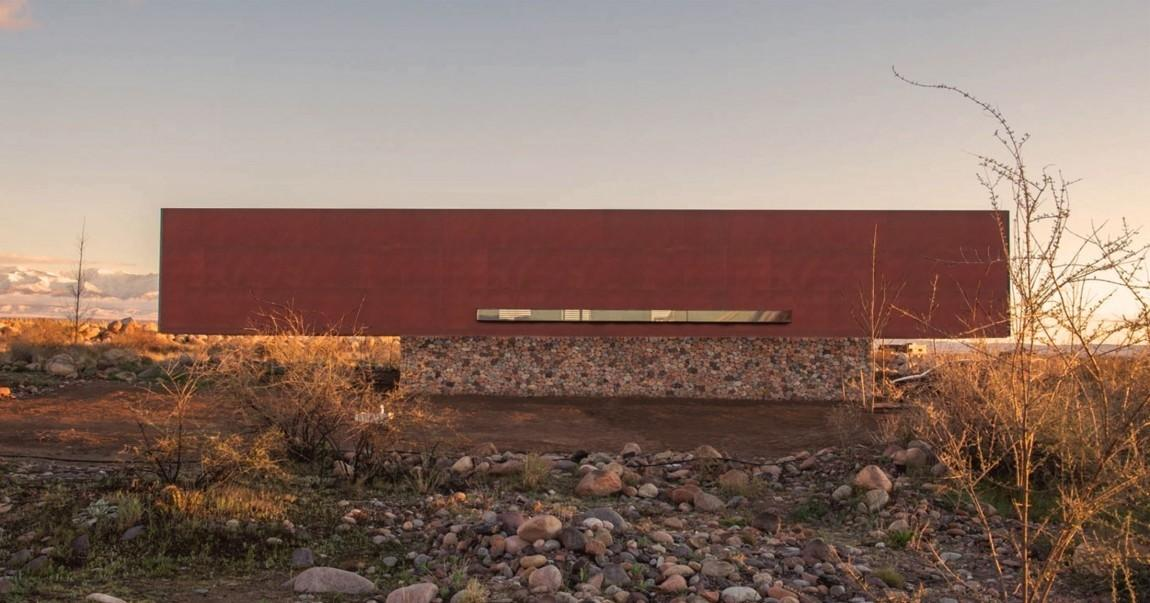 Beautiful Simple Home Uses Building Materials Stone