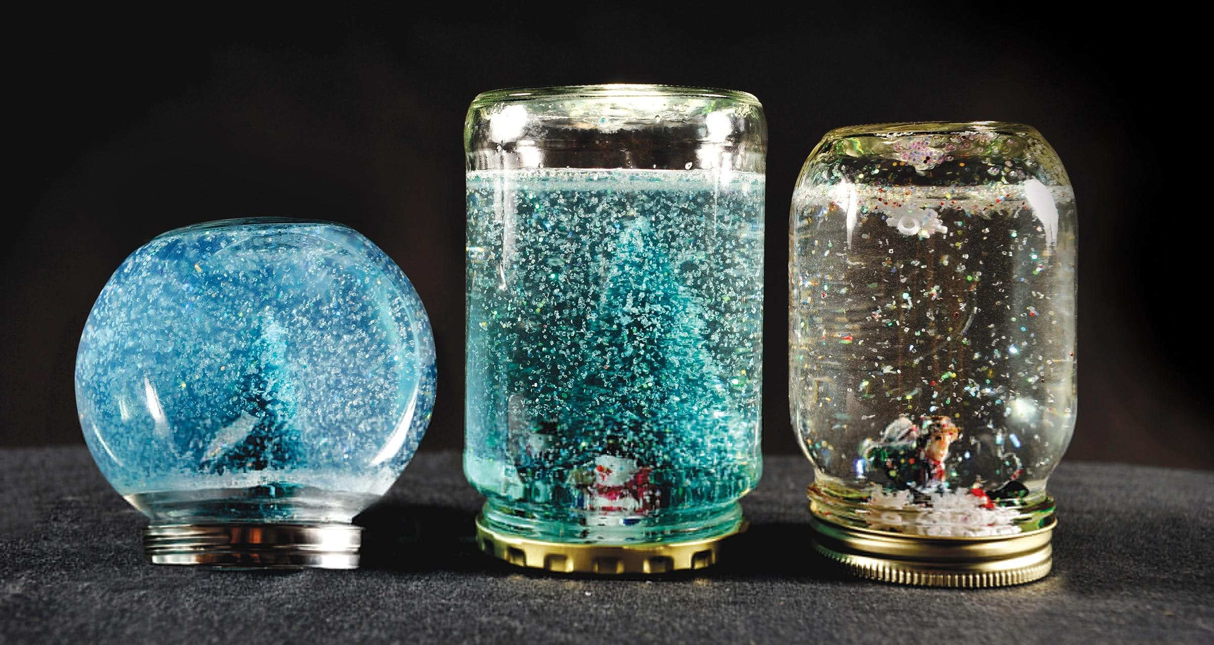 Beautiful Snow Globe Can Make Your Love Ones